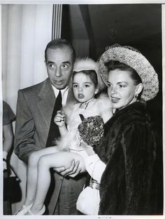 Judy Garland with husband Vincent Minnelli and daughter Liza