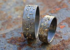 unique wedding bands gold silver, molten wedding ring set, matching rings his and hers, promise rings mixed metal, viking wedding rings Unique Promise Rings, Unique Silver Rings, Wedding Rings Sets Gold, Matching Wedding Rings, Cool Wedding Rings, Gold And Silver Rings, Unique Wedding Bands, Wedding Jewelry, Matching Rings