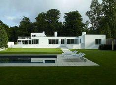 House near Copnhagen, Denmark, Arn Jacobsen
