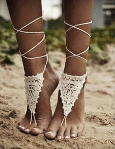 Macramé Anklets. So St Barth on the beach. Would offer these as fun favors to ladies attending a first night beach party