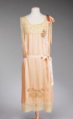 Nightgown 1927-1928 The Metropolitan Museum of Art - OMG that dress!