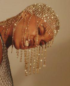 Gold Aesthetic, Black Girl Aesthetic, Black Girl Magic, Black Girls, Mode Old School, Kreative Portraits, Mode Editorials, Brown Skin Girls, Afro Art