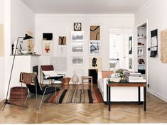 Style and Create - livingroom of Åsa Stenerhag, designer at Filippa K Woman, in Stockholm, Sweden   Photo by Jonas Ingerstedt for Elle Decoration