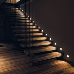 Amazing stair spindles with different stair design style. Here are 30 stunning staircase design ideas for Awesome stairs design and decorating ideas yo. Home Stairs Design, Home Room Design, Smart Home Design, Modern Design, Modern Lighting Design, Luxury Staircase, U Shaped Staircase, Interior Design Dubai, Traditional Staircase
