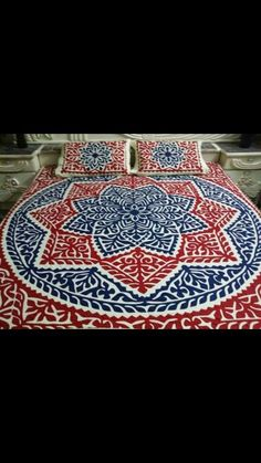 Handmade Applique Bedsheet Fabric: Pure Cotton. Piece : 5 piece set. Size : king Size. Price : 7500 PKR Make to  order. Making time 35 to 40 days.For order confirmation please contact us or wattsapp us at          0092 3312080951