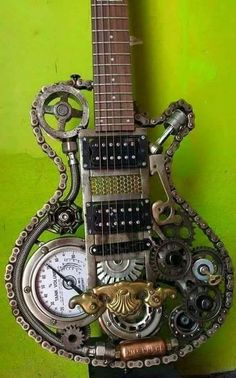 Safari Steampunk Anyone? Steampunk is a rapidly growing subculture of science fiction and fashion. Arte Steampunk, Steampunk Design, Steampunk Crafts, Steampunk Cosplay, Steampunk Patterns, Gothic Steampunk, Victorian Gothic, Gothic Lolita, Metal Tree Wall Art