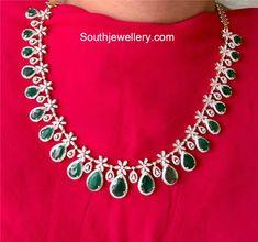 3 in 1 diamond emerald step haram Urban Jewelry, Real Gold Jewelry, Gold Jewellery Design, Indian Jewelry, Diamond Necklace Set, Diamond Pendant, Diamond Jewelry, Pendant Jewelry, Quartz Jewelry
