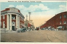 This is what the Danforth looked like in Toronto from 1908 to 1965 Toronto Neighbourhoods, Historical Architecture, Landscape Photos, Historical Photos, Niagara Falls, Ontario, The Neighbourhood, Places To Go, Street View