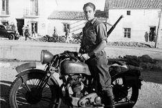 Hit The Road MotoBlog: Entrega II - Motos Guerra Civil Española (Bando Republicano)