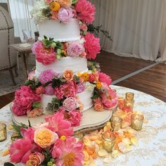 I love fresh flowers on a wedding cake! These 'Coral Charm' peony blooms gave everyone, well . Coral Charm Peony, Allen Smith, Mountain Weddings, Pastry Shop, Fresh Flowers, Peonies, Envy, Wedding Cakes, Floral Wreath