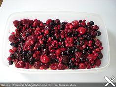 Leichtes Beeren-Tiramisu (ohne Mascarpone), ein sehr schönes Rezept aus der Kategorie Frucht. Bewertungen: 1. Durchschnitt: Ø 3,0.