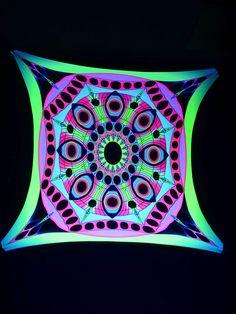 "2,5x2,5m Psywork Schwarzlicht Goa Segel Spandex ""Psy Eyes Mandala""  #blacklight #schwarzlicht #neon #glow #psy #party #deco #spandex #stretch #effects"