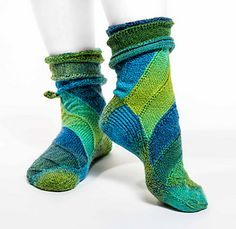 CurlyWhirly Kits for Socks is the third in this marvelous sock series created by Chrissie of Ursa Major Knits.