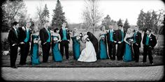 bridal party picture, teal wedding    photography by Capture the Moment