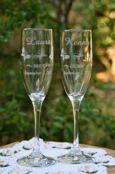 Butterfly Wedding Toasting Flutes