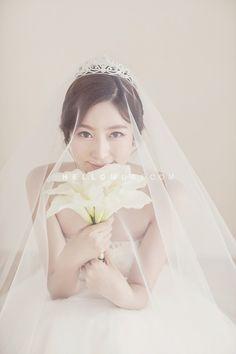 flower scene, couple shot, wedding photo, simple and white wedding photo shoot…