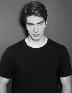 Brandon Routh made his mark as Superman. All indications point to him reprising this role in the future. Kevin Spacey, Side Part Hairstyles, Boy Hairstyles, Kate Bosworth, Brandon Routh Superman, Classic Mens Haircut, Ray Palmer, Low Fade Haircut, Dc Movies