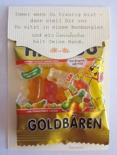 Great idea for a souvenir for a children's birthday party but with a different text! Great idea for a souvenir for a children's birthday party but with a different text! The post Great idea fo Diy Birthday, Birthday Presents, Birthday Board, Birthday Ideas, Diy Presents, Diy Gifts, Gummy Bears, Little Gifts, Diy And Crafts