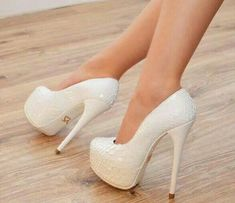 Quoi de plus beau ? | luxe, mode, femme, tendance, talons aiguilles, shoes