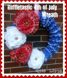 Miss Lovie: Ruffletastic 4th of July Wreath [+tutorial]