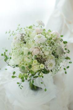 White Wedding Bouquets, Bride Bouquets, Flower Bouquet Wedding, Floral Bouquets, Floral Wedding, Beautiful Bouquet Of Flowers, Beautiful Flower Arrangements, Romantic Flowers, Floral Arrangements