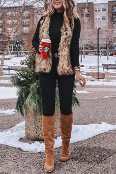 winter outfits with leggings - winteroutfits Vest Outfits For Women, Winter Outfits For Teen Girls, Fur Vest Outfits, Cute Fall Outfits, Winter Outfits Women, Casual Winter Outfits, Winter Fashion Outfits, Mode Outfits, Clothes For Women