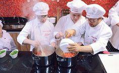 Quem são os Chefs Especiais - http://superchefs.com.br/quem-sao-os-chefs-especiais/ - #ChefsEspeciais, #Gastronomia, #Inclusão, #ProjetoSocial, #SíndromeDeDown