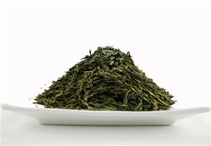 Organic Premium Sencha: Organic Premium Sencha Tea leaves are steamed and then rolled into fine needle shapes.