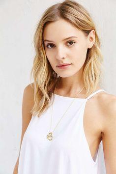 VERAMEAT Pretzel Necklace