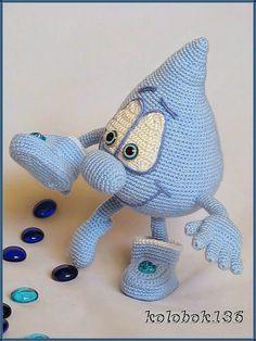 Мистер Капля. Авторская игрушка, связанная крючком. Описание можно найти на Ярмарке Мастеров - www.livemaster.ru/kolobok136. Handmade. Amigurumi.
