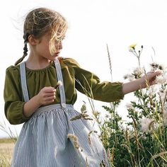 Today I'll be sharing some ideas and inspiration for hacking The River Pinafore. Loads of creative ideas for making The River Pinafore uniquely your own! Little Girl Fashion, Kids Fashion, Toddler Fashion, Shooting Photo, Stylish Kids, Kids Wear, Cute Kids, Kids Outfits, Pose