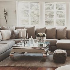 #Repost @sirkonsa  Så fornøyd med mitt nye bord og effekter  @classicliving  #classicliving# @interiorstyled # @interiorinspiration # passionforliving# interior#home# @classicliving thank u! @classicliving #vienna100