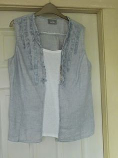 Refashion Co-op: Blouse expansion - nice idea for too-tight blouse