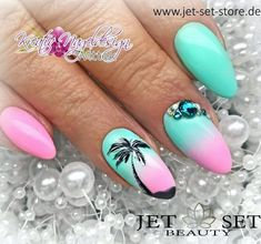 87 Best Palm Tree Nail Art Designs Summer 2018 Source by cuteykelsey Palm Nails, Sea Nails, Palm Tree Nail Art, Flamingo Nails, Florida Nails, Gel Nagel Design, Vacation Nails, Holiday Nail Art, Cnd Shellac