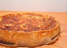 Tomaten Schafskäse Quiche mit Rosmarinmürbteig - münchner-küche
