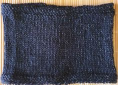 Hand-knitted black neck warmer with reflective effect for dark evenings Knitting Wool, Hand Knitting, Black Neck, Baby Scarf, Neckerchiefs, Cotton Scarf, Baby Winter, Neck Warmer, Mittens