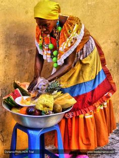 Vendedora de frutas -Colombia.