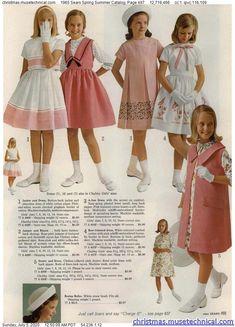 Vintage Kids Fashion, Vintage Kids Clothes, Vintage Girls Dresses, Cute Girl Dresses, Little Girl Dresses, Retro Fashion, Vintage Outfits, Girl Fashion, Gothic Fashion
