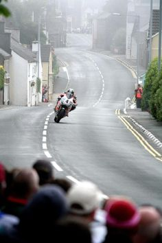 Ian Hutchinson, Padgett's Honda CBR1000RR, 2010 Isle of Man Superbike TT