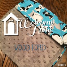 Fur babies need welcome home gifts too!  Welcome home Woodford!  #etsy #etsyshop #etsypet #dogsofinstagram #dogblanket #puppy #dog #puppiesofinstagram #dogsofig #welcomehome #customorder #customorderswelcome