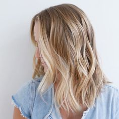 Perfect golden blonde locks Color: @stephengarrison Cut/style: @donovanmills #goldenblonde #blonde #prettyblonde #blondehaircolor #lasalon #lacolorist #lahaircolor #lahairsalon #colorspecialist #lastylist #lob #longbob @shorthairstyles #hairtrends #balayage #balayagehair