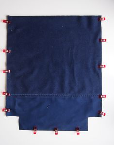 Most current Free Sew gym bag - a simple and adaptable sewing instruction Ideas I enjoy Jeans ! And much more I want to sew my own, personal Jeans. Next Jeans Sew Along I am like Sewing Tutorials, Sewing Patterns, Sewing Projects, Baby Sewing, Free Sewing, Next Jeans, Sewing Jeans, Sewing Courses, Simple Bags