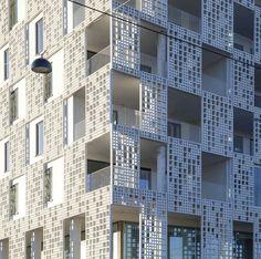 Revestimiento de fachada de hormigón / perforado / de panel - FIBRE C : 3D - Rieder Smart Elements GmbH - Vídeos