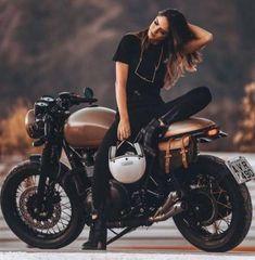 Super Motorcycle for Women Biker Girl Motors 41 Ideas - Future Projects -. - Super Motorcycle for Women Biker Girl Motors 41 Ideas – Future Projects – - Motorbike Girl, Motorcycle Style, Motorcycle Outfit, Motorbike Photos, Girl Bike, Biker Style, Motorcycle Girls, Anime Motorcycle, Biker Chick Outfit
