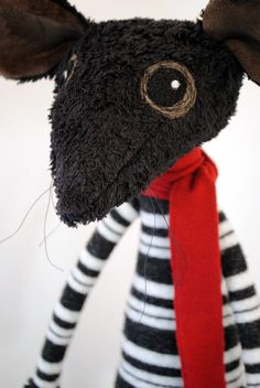 Ratty (aka Loki Mouse) - made to order. So lovable. I like the way the eyes are done