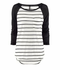 Another one of the tops I got yesterday from H & M I have a thing for black and white stripes..