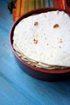 This Authentic Homemade Tortilla Recipe is a snap to make and tastes superior to store bought. Recipes With Flour Tortillas, Homemade Flour Tortillas, Mexican Dishes, Mexican Food Recipes, Mexican Desserts, Drink Recipes, Dinner Recipes, Traditional Food, Goodies