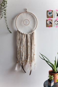 DIY: modern woven dreamcatcher