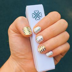 Metallic gold stripe jamberry nail wraps. Blanc and hors d'oeuvres Essie nail polish. Jamicure.