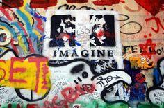 Olhares.com Fotografia   Sérgio Veludo   Lennon wall #2